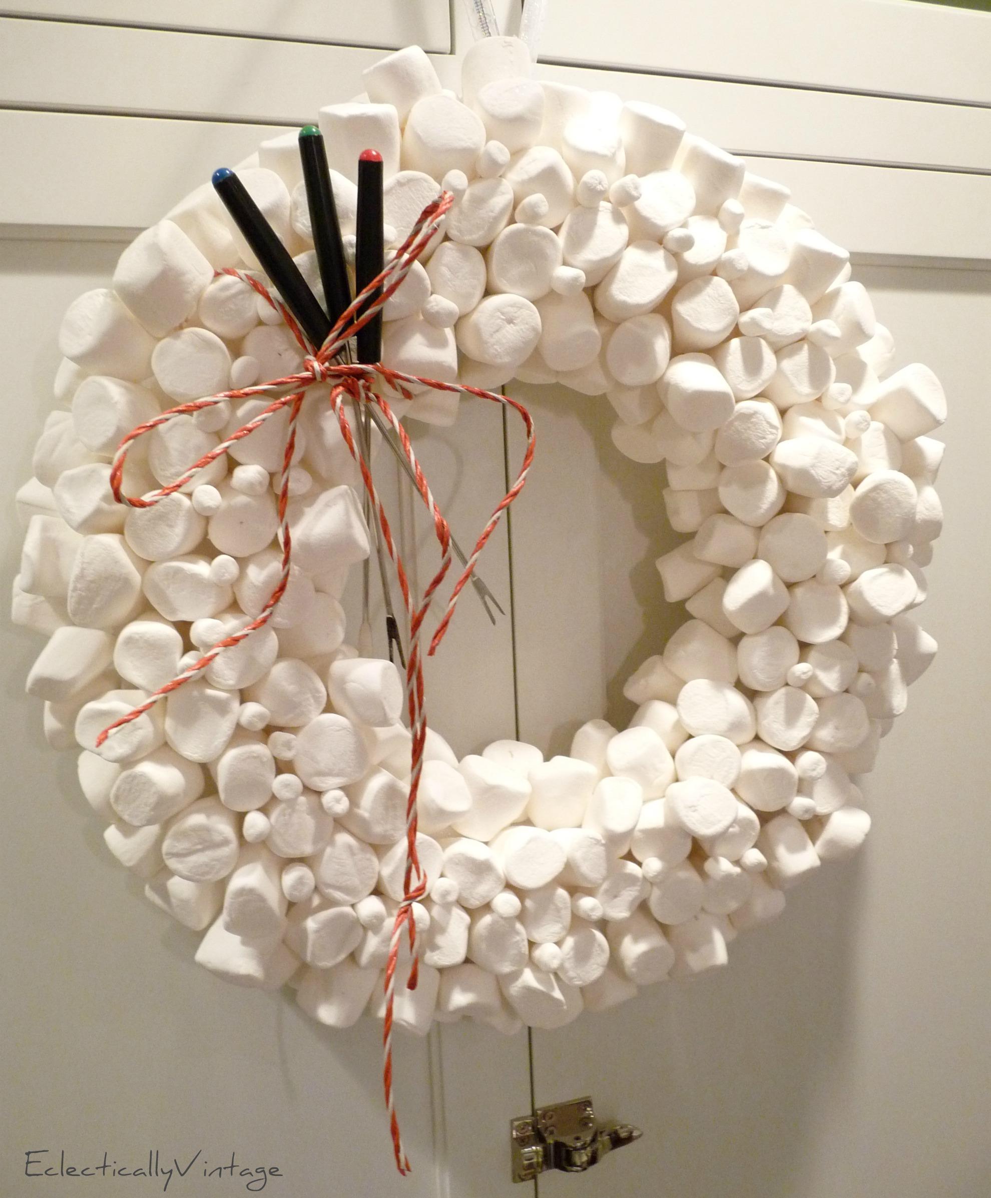 Top 10 Christmas Wreath Ideas A Diy Marshmallow Wreath