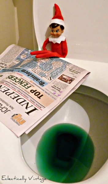 18 Hysterical Elf on the Shelf ideas! #elfontheshelf kellyelko.com