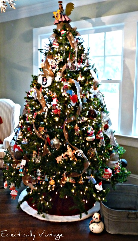 Christmas Open House Tour - filled with tons of unique Christmas decorating ideas like this burlap garland tree