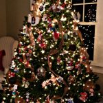 Burlap Garland Christmas Tree