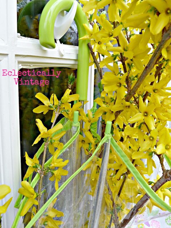 Singing in the Rain Spring Door Wreath kellyelko.com