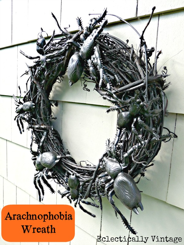 Make a Spooky Spider Wreath - love this for a front door on Halloween! kellyelko.com