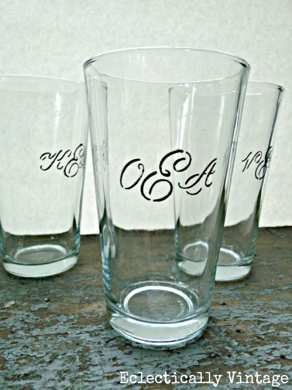 Monogrammed gifts drinking glasses for everyone in the for Diy monogram gifts