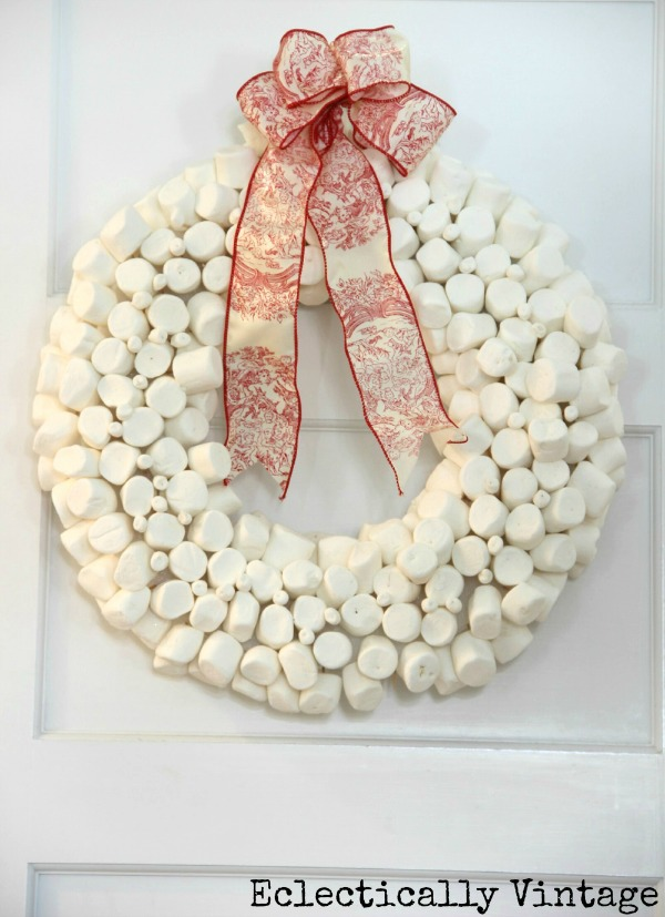 Creative Christmas Decorating Ideas - see how to make this DIY marshmallow wreath kellyelko.com