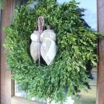 unusual wreath for Christmas