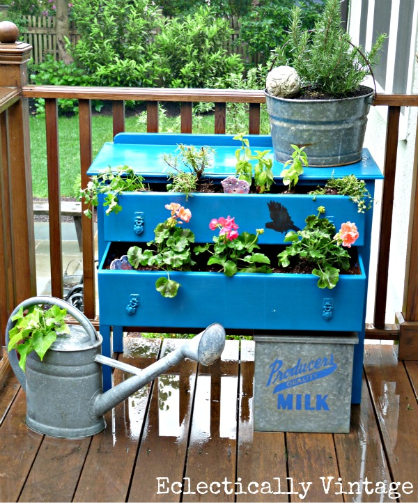 LOVE this old dresser turned into a fun outdoor planter kellyelko.com