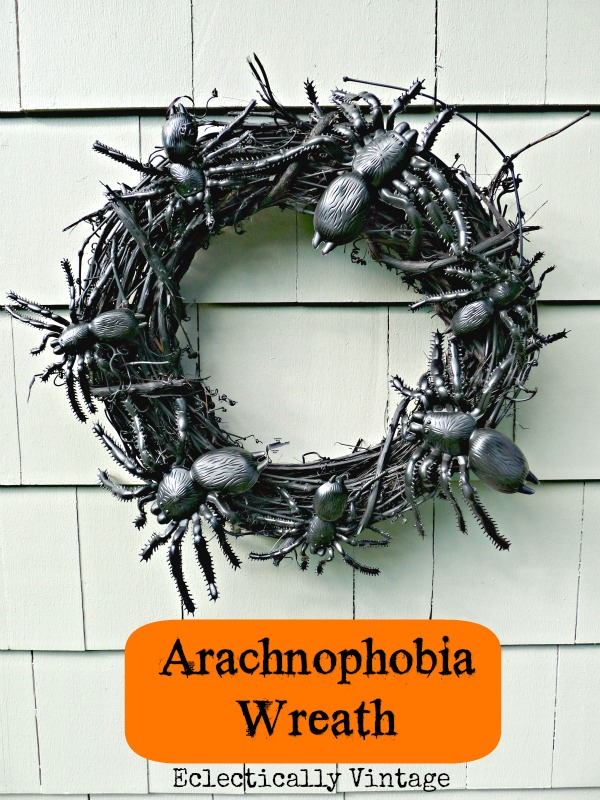 Arachnophobia Spider Halloween Wreath kellyelko.com