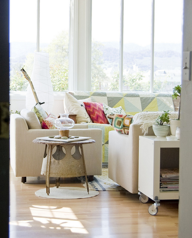 Eclectic California cottage tour - love the bohemian chic look kellyelko.com