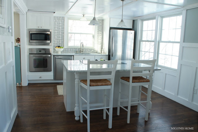 Cape Cod home tour filled with tons of fabulous DIY ideas!