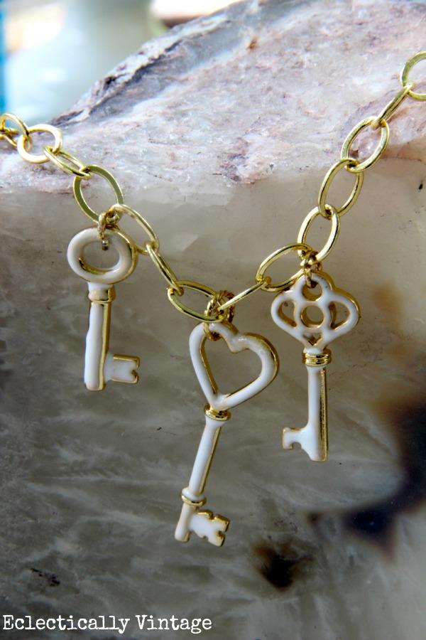 DIY Key to my Heart Necklace - such a great one of a kind statement piece! #12monthsofmartha #marthastewartcrafts