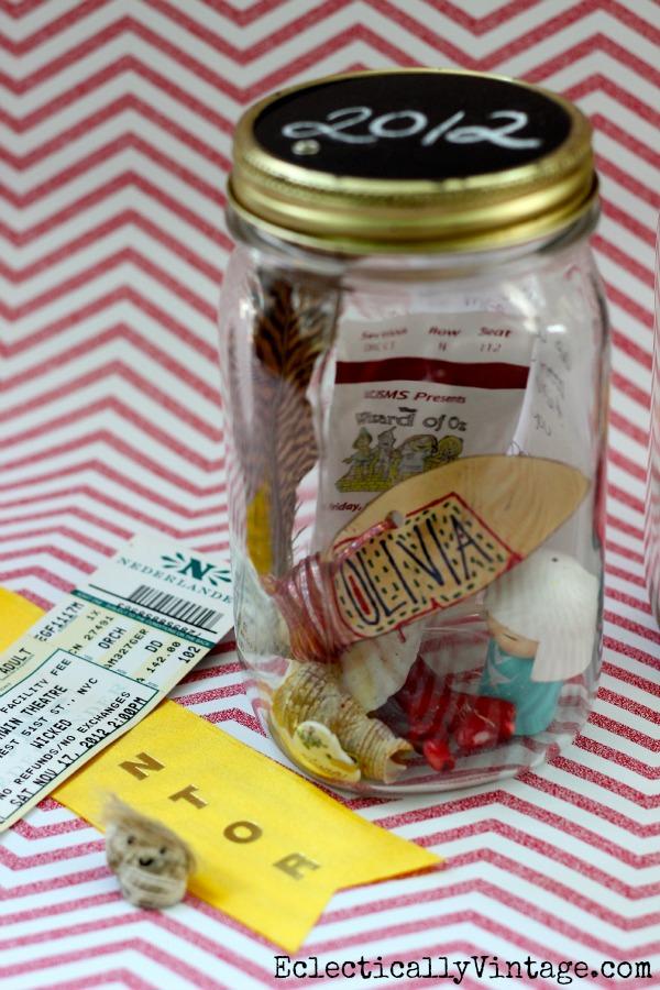 DIY Memory Jar - perfect for displaying special treasures!  kellyelko.com
