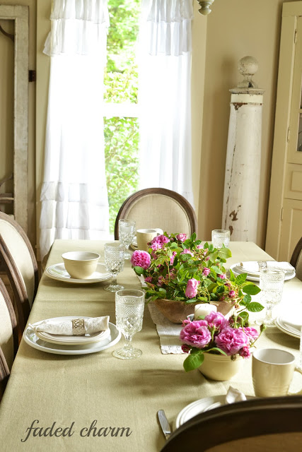 Cottage dining room - take the house tour
