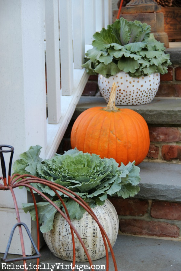 Fall porch decorating ideas for Fall patio decorating ideas