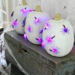 Halloween Decoration Ideas – My Spider Mantel