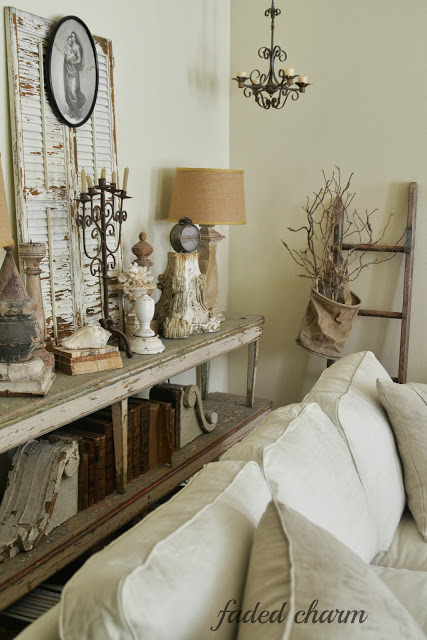 36 Charming Living Room Ideas: Charming Cottage Decorating Ideas