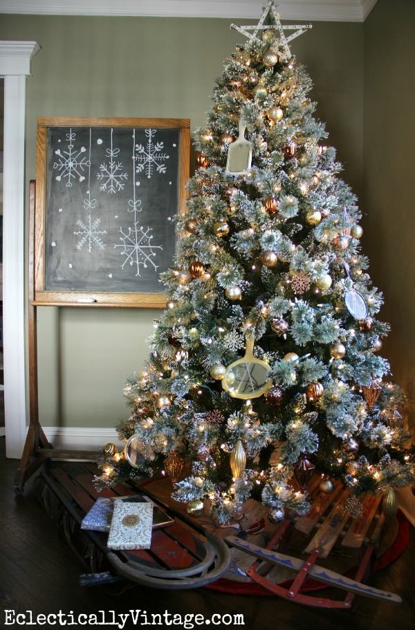 Glam Christmas tree - love the sled tree skirt kellyelko.com