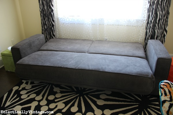 The perfect sofa beds for small spaces eclectically vintage for Flip down sofa bed
