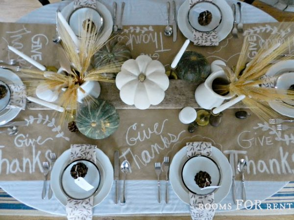 Thanksgiving table decorations - it's beautiful!