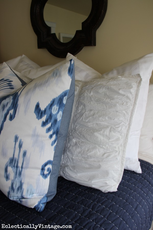 Beautiful blue and white bedding and tips to get the look kellyelko.com