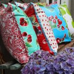 Love these oilcloth pillows - perfect for outside! kellyelko.com