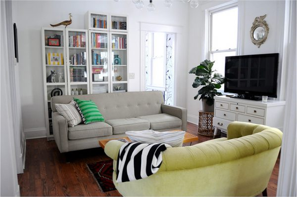 Love this living room and the mismatched sofas kellyelko.com