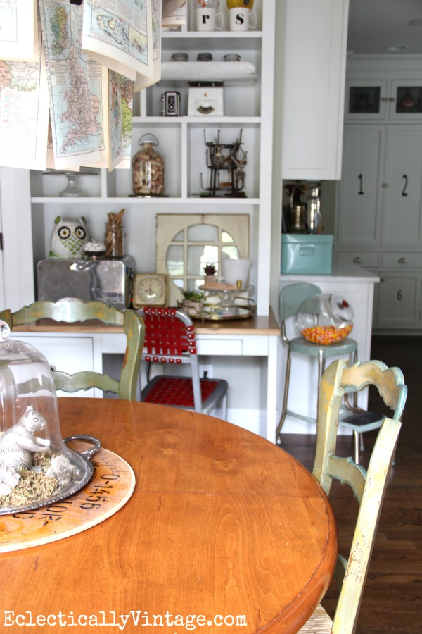 Built in desk cubbies are perfect for displaying favorite finds kellyelko.com #EclecticallyFall