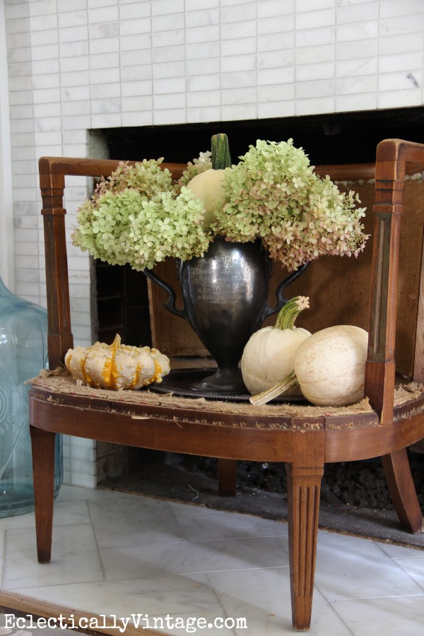 Creative Ideas to Decorate a Fireplace Opening kellyelko.com #fireplace #mantels #fireplacedecor #manteldecor #interiordecor #decorate #falldecor