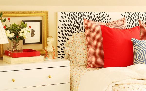 Colorful guest bedroom kellyelko.com