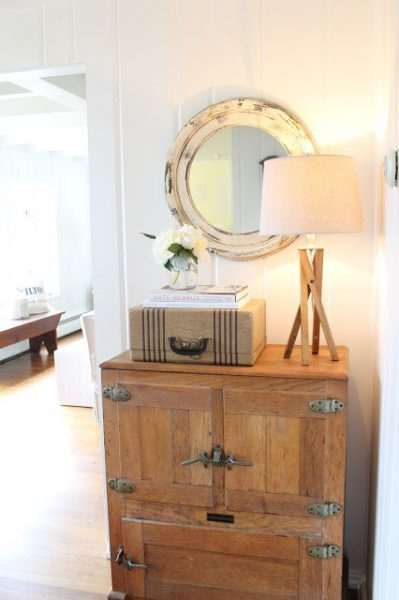 Old wooden icebox is the perfect entry table kellyelko.com