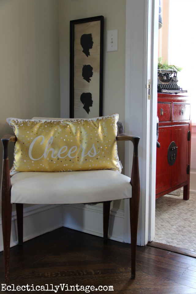 Cheers pillow - what a festive decorating touch! kellyelko.com