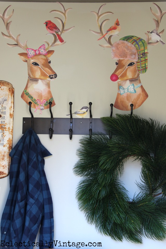 Cute little deer couple is such a fun Christmas decoration kellyelko.com