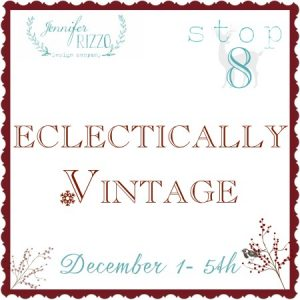 Eclectically Vintage Christmas House Tour kellyelko.com