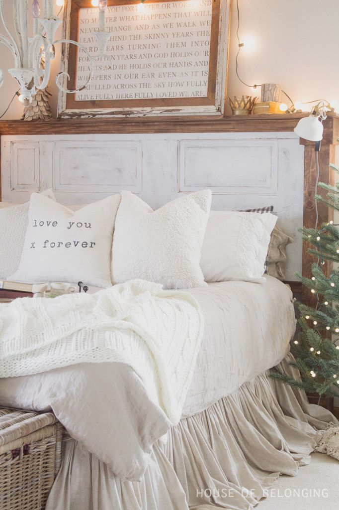 Cozy Christmas bedroom - love the sign kellyelko.com