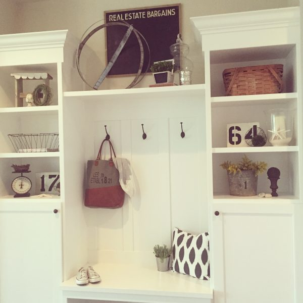 White mudroom - love all the shelves for storage kellyelko.com
