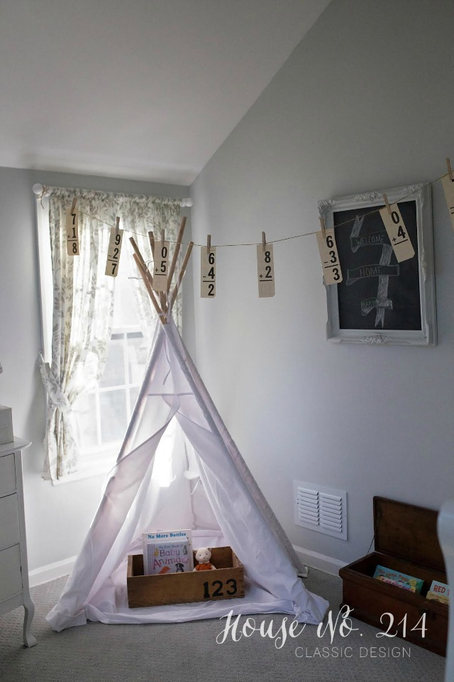 Love this little teepee nook and the vintage flash card garland kellyelko.com
