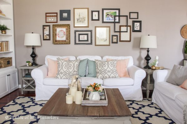 Love this gallery wall with mismatched frames kellyelko.com