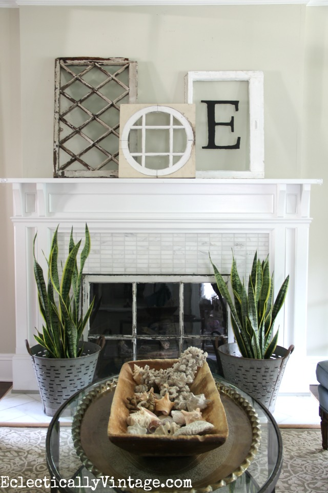 Creative Ideas to Decorate a Fireplace Opening kellyelko.com #fireplace #mantels #fireplacedecor #manteldecor #interiordecor #decorate #farmhousedecor #vintagedecor #livingroomdecor