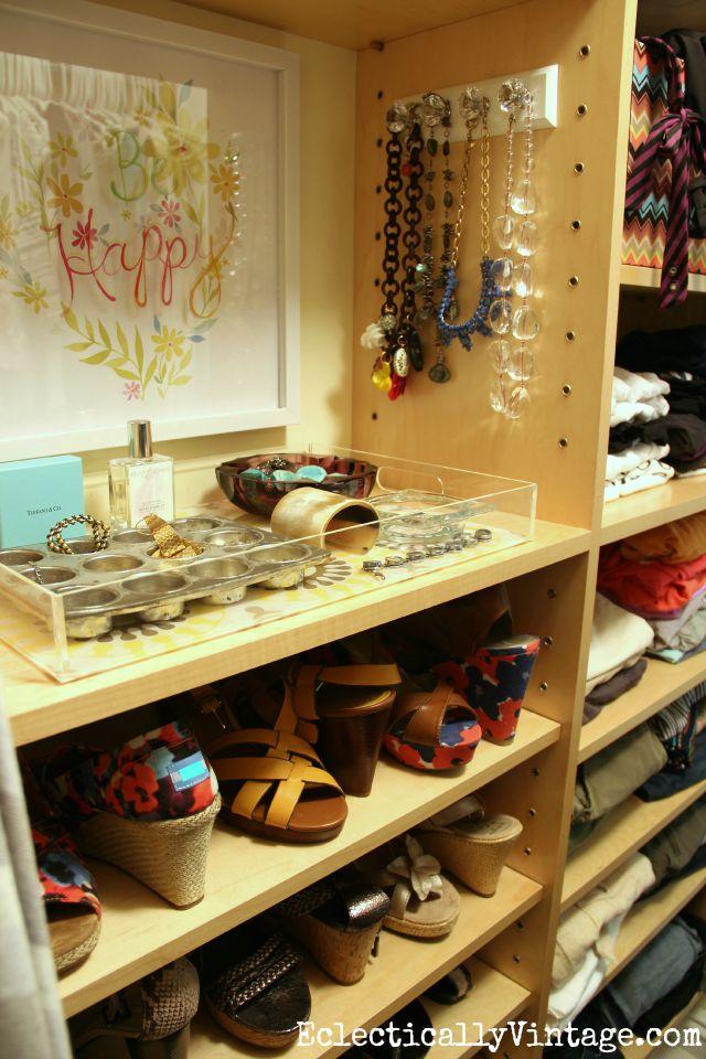 Love this jewelry organization in the closet - perfect for getting everything on display kellyelko.com