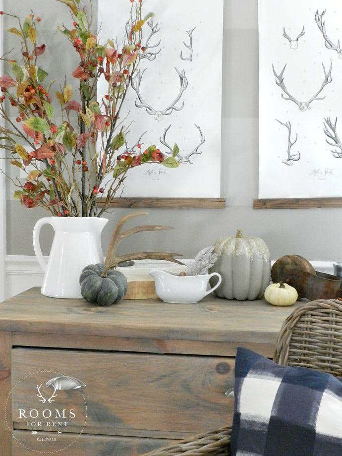 Beautiful fall display from nature - love the berry branches and antlers