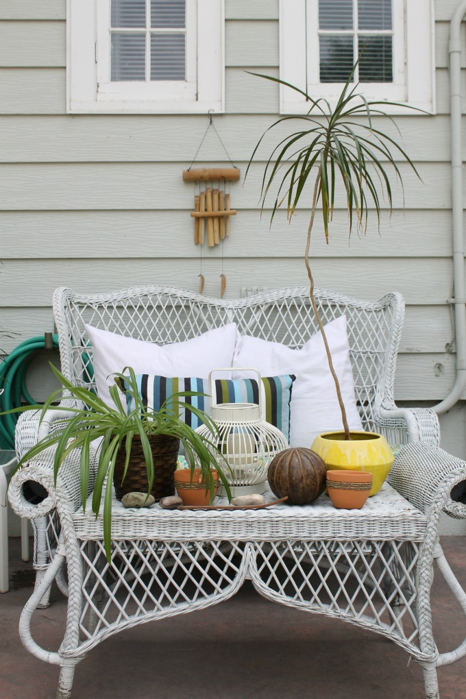 Wicker patio furniture - love the fun shape
