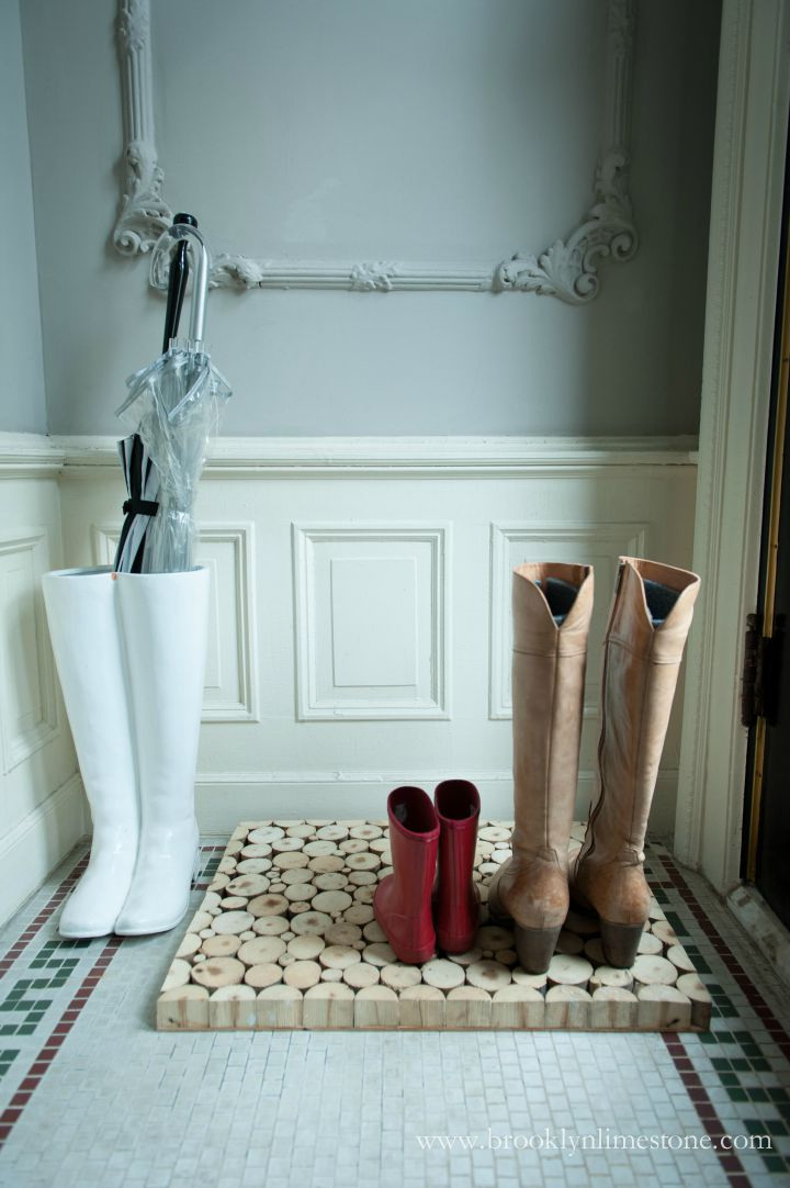 Cool wood slice boot tray