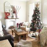 Kelly Loves – Decking the Halls