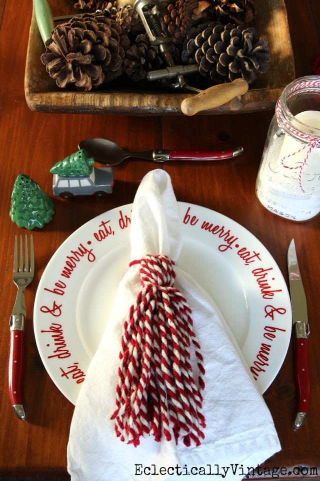 DIY Yarn Tassels - turn them into fun napkin rings! kellyelko.com