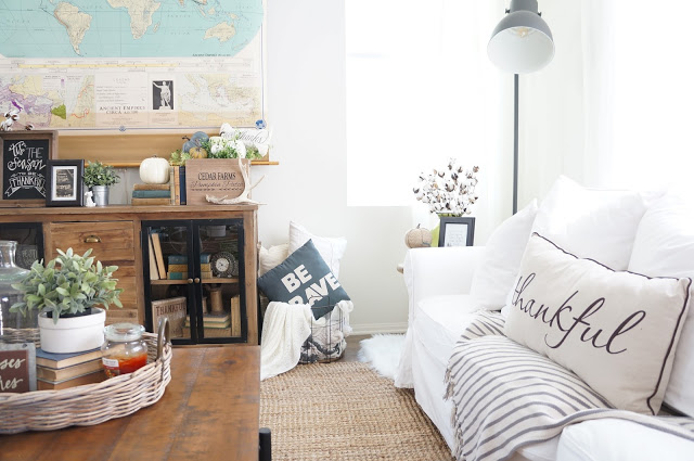 Love this home tour and cozy living room kellyelko.com