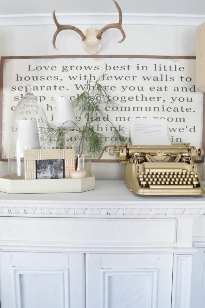 Gold typewriter kellyelko.com
