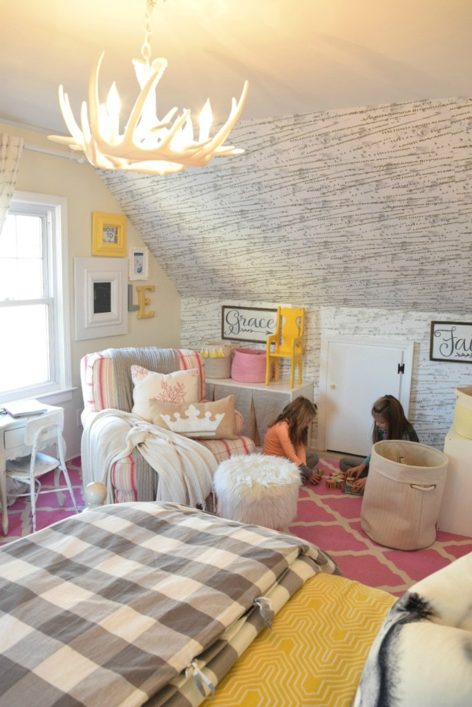 Kids bedroom - love the removable wallpaper and antler chandelier kellyelko.com