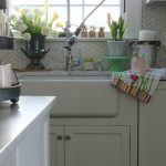 10 Minute Decorating in the Kitchen