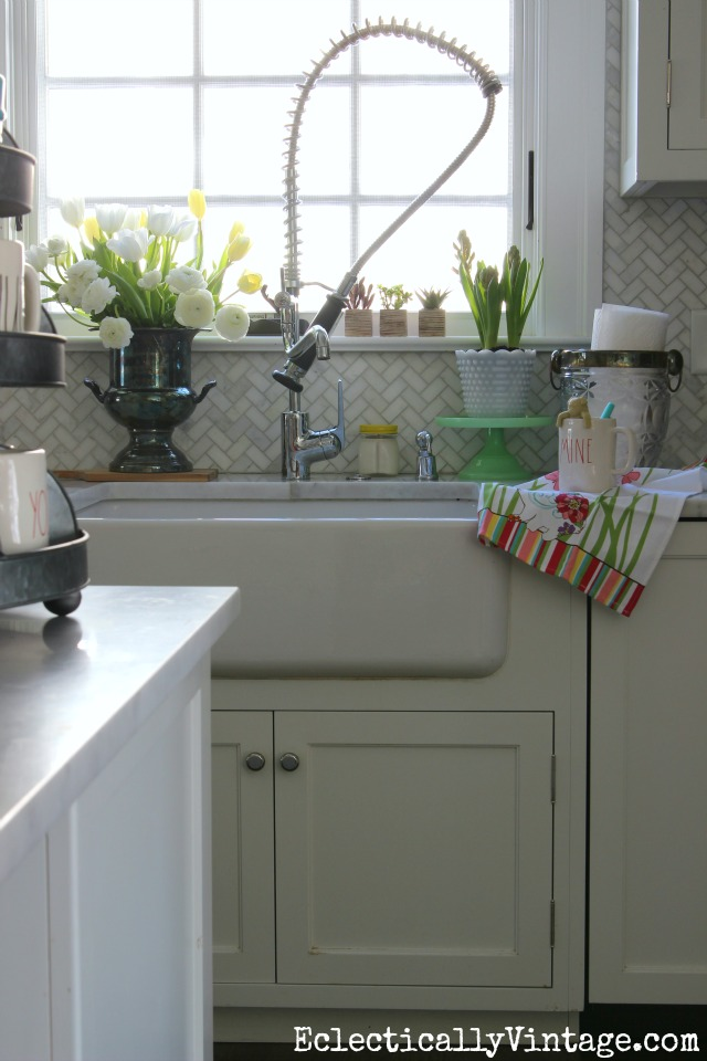 10 minute decorating kitchens for Our life in the kitchen