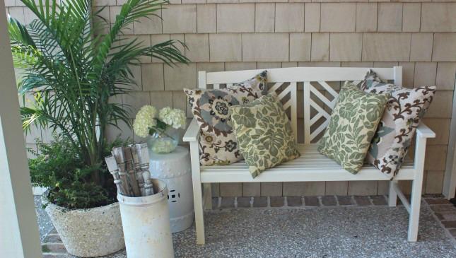 Inviting porch bench kellyelko.com