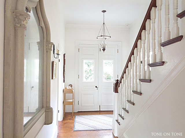 Victorian entryway - love the glass front doors kellyelko.com